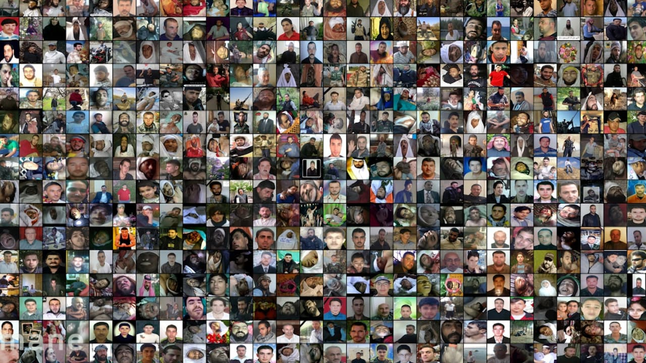 مصور فوتوغرافي يوثق قتلى الثورة.. بجدارية لـ99 ألف سوري