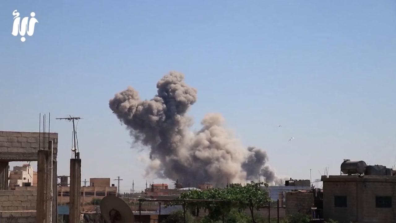 """""""مهد الثورة السورية"""" تحت ضربات الأسد وإسرائيل ترسل المساعدات"""