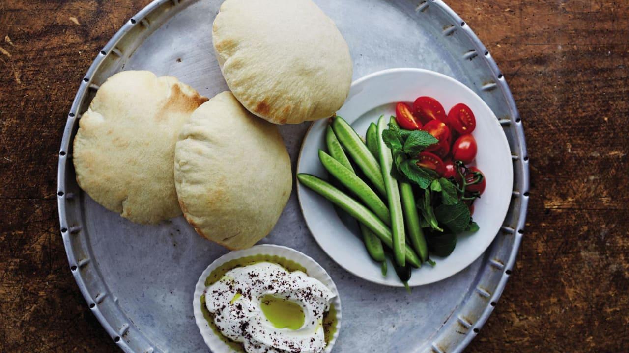 الخبز، لبنان
