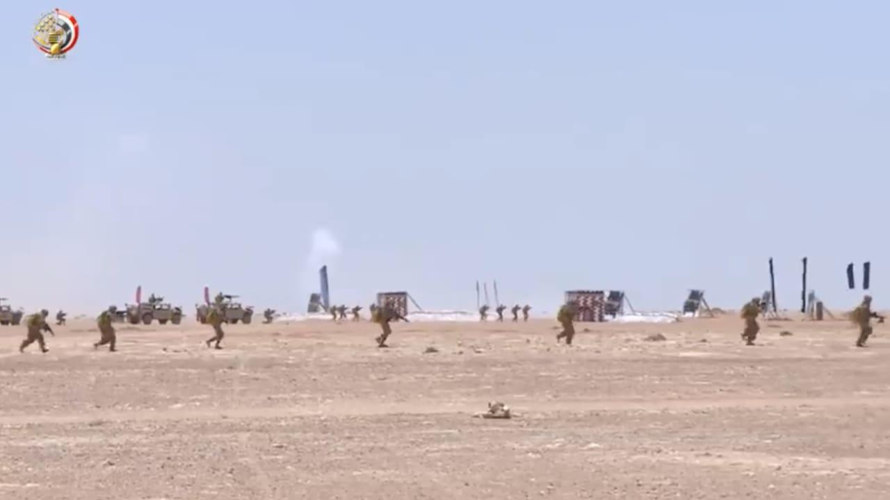 مناورات عسكرية مصرية غرب البلاد.. وتركيا تستعد لأخرى بحرية قبالة سواحل ليبيا