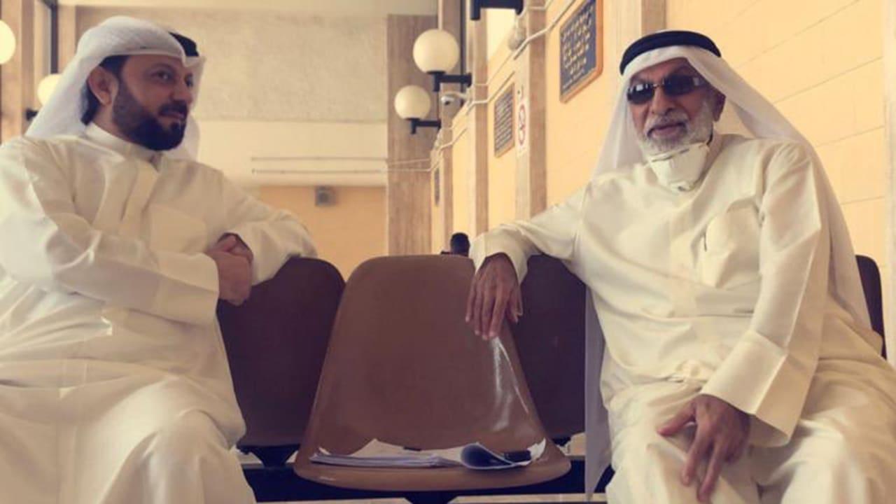 عبدالله النفيسي مع محاميه عادل عبدالهادي