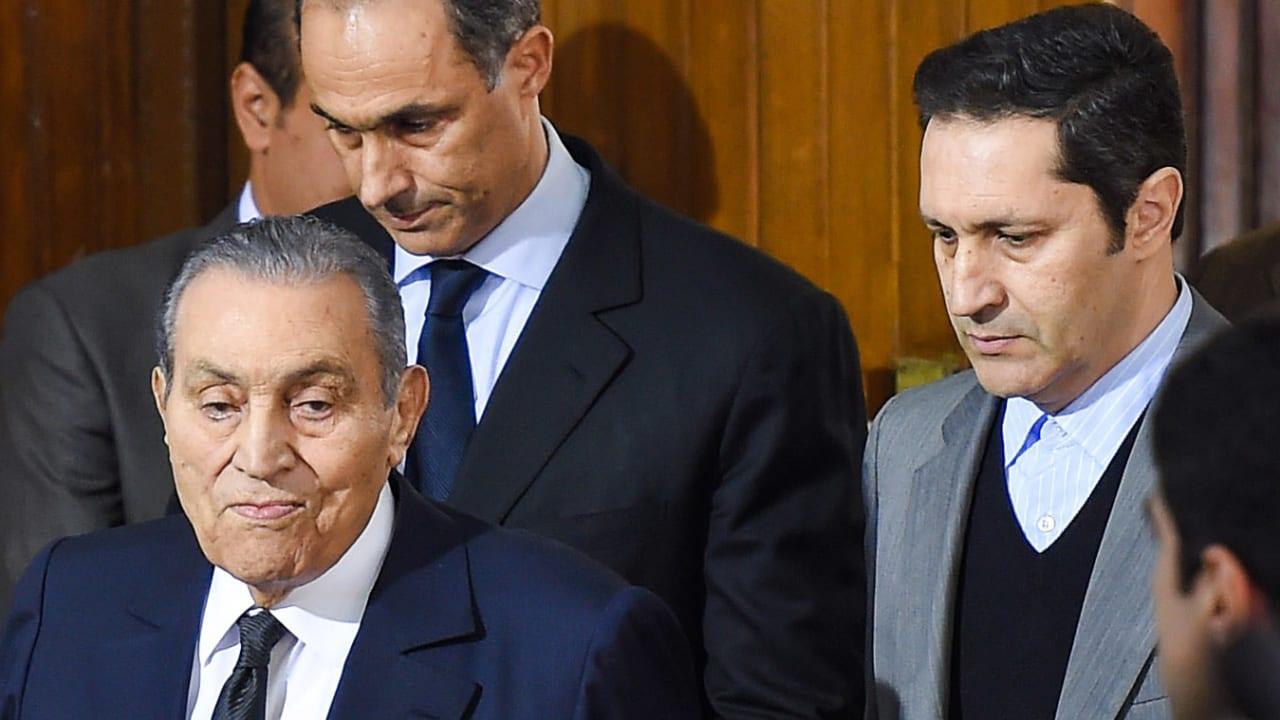 """بعد الحديث عن """"نصر أكتوبر"""".. علاء مبارك يرد على أفيخاي أدرعي: دمك خفيف"""