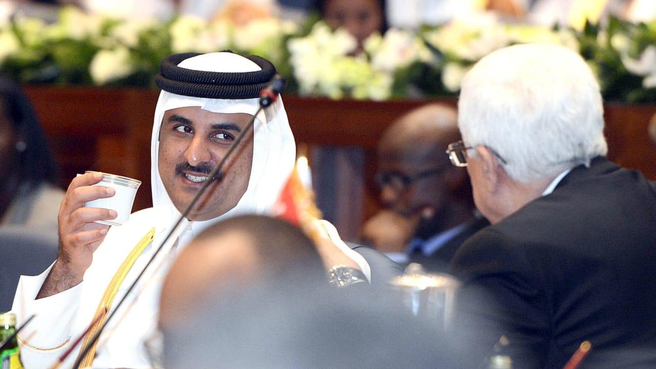 بلقاء جمعهما في الدوحة.. الكشف عما دار بين أمير قطر والرئيس الفلسطيني