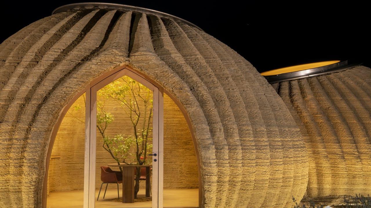 بناء أول منزل طيني بتقنية الطباعة ثلاثية الأبعاد بإيطاليا.. هل هذا هو المستقبل؟