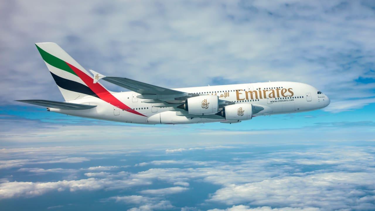 طيران الإمارات تدشن جسراً جوياً إنسانياً لنقل مواد الإغاثة العاجلة الخاصة لفيروس كورونا للهند