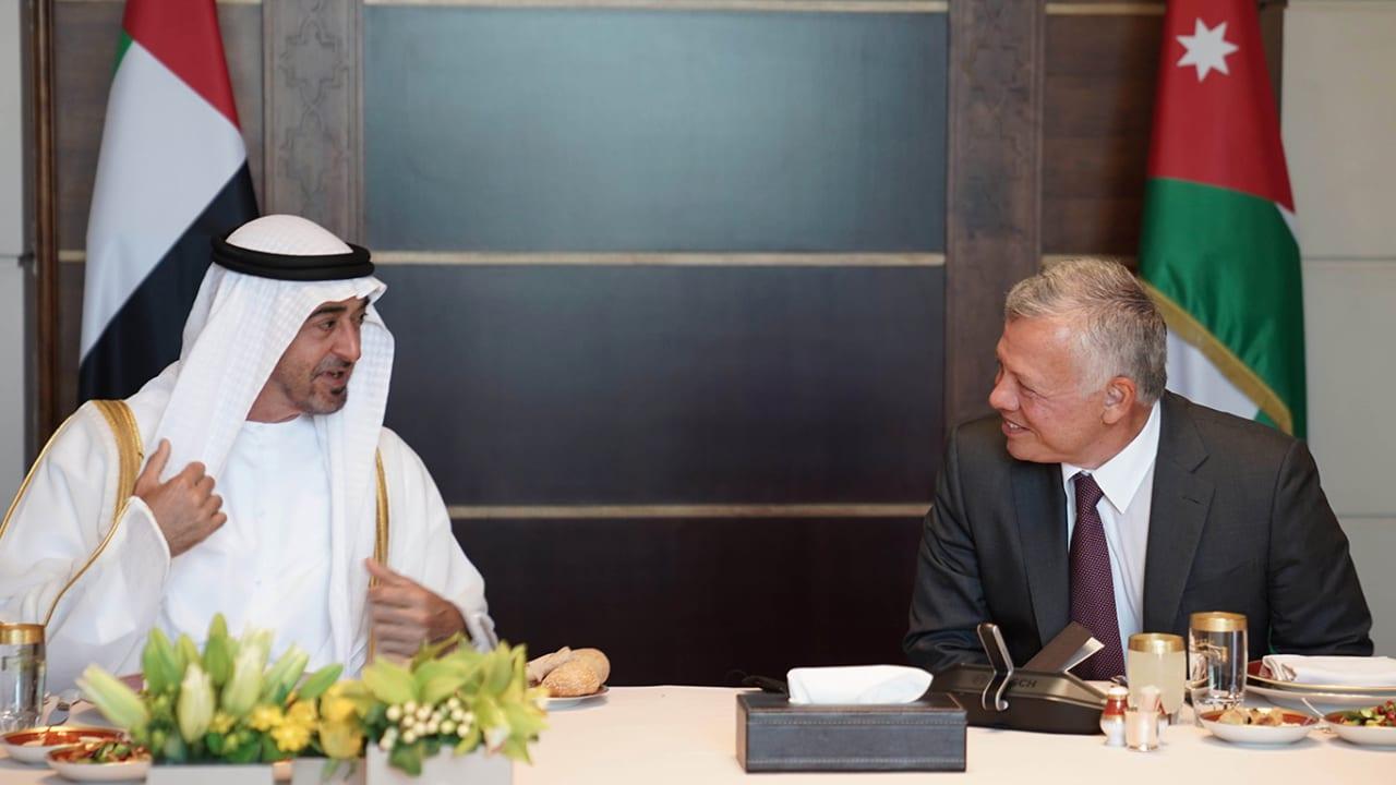 الملك عبدالله يستقبل محمد بن زايد ويبحثان العلاقات الثنائية والقضية الفلسطينية