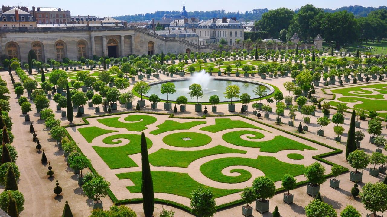 فندق قصر فرساي بفرنسا