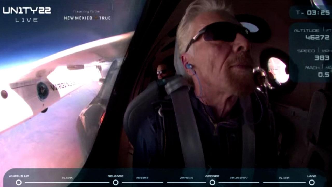 لحظة وصوله إلى الفضاء.. هذا ما قاله ريتشارد برانسون عن تجربته