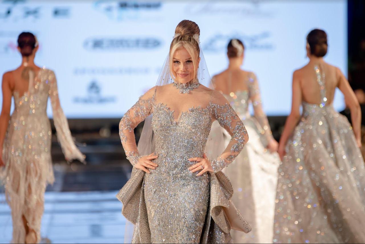 استمرار الجدل حول فستان نيكول سابا وسعره البالغ 10 ملايين دولار