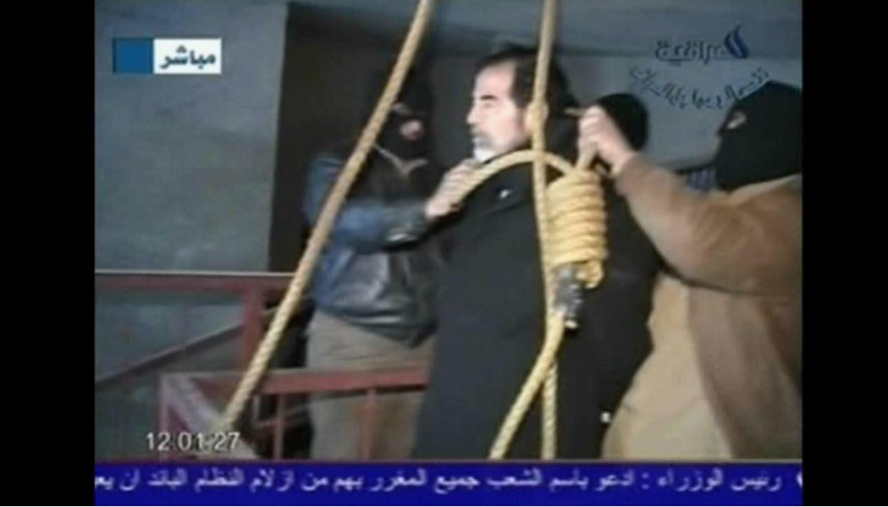 بعد مرور 10 سنوات.. عراقيون يحكون لـCNN ذكرياتهم من يوم إعدام صدام حسين