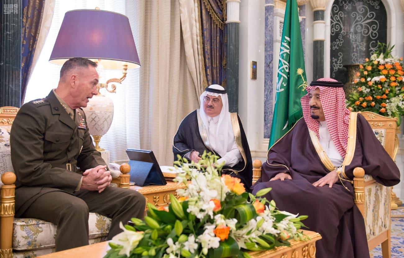 رئيس هيئة الأركان المشتركة الأمريكية يلتقي بالملك سلمان.. والبنتاغون: السعودية أكبر قوة عسكرية في المنطقة