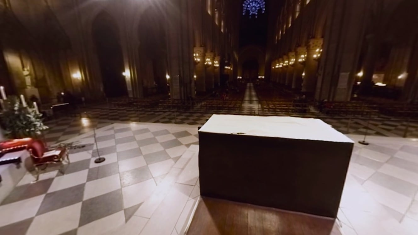رئيس الدفاع المدني بباريس: تم حماية الأعمال الفنية الثمينة