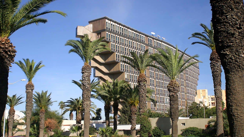 ماذا سيكون مصير هذا الفندق المقلوب في تونس؟