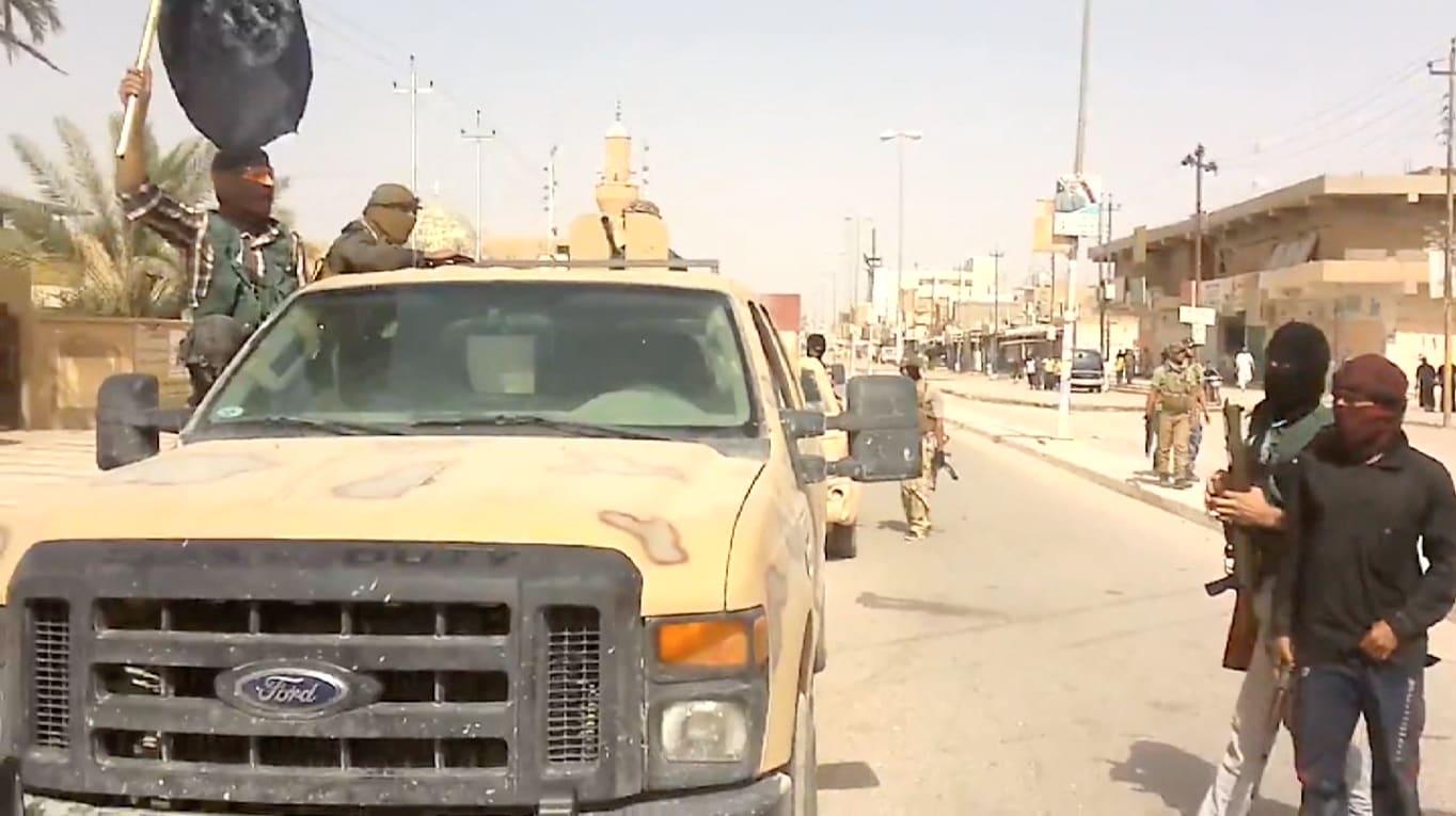 تطورات العراق.. الجيش انسحب من حدود طريبيل مع الأردن وداعش سيطرت على القاعدة الجوية بتلعفر ودمرت التماثيل بالموصل