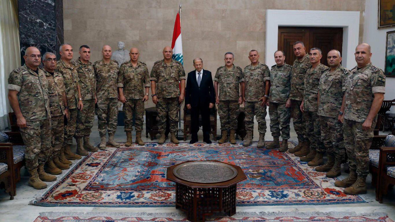 الرئيس اللبناني يستقبل قائد الجيش ووفدا من القيادات العسكرية