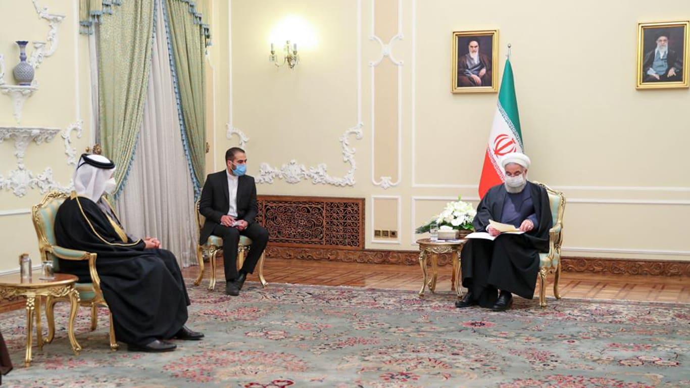 الرئيس الإيراني خلال استقباله وزير خارجية قطر