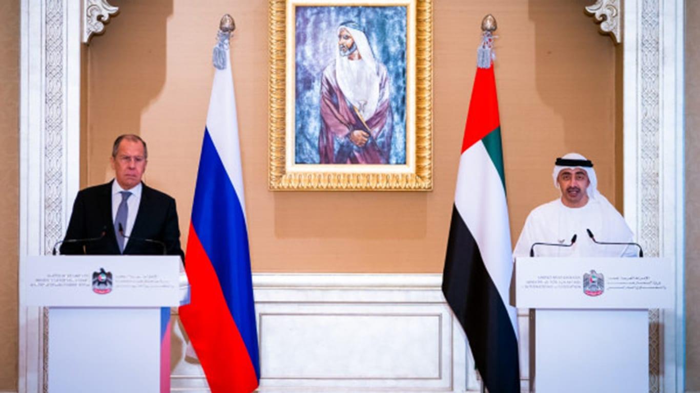 وزير خارجية الإمارات: لا بد من عودة سوريا لمحيطها.. وقانون قيصر التحدي الأكبر للتعاون