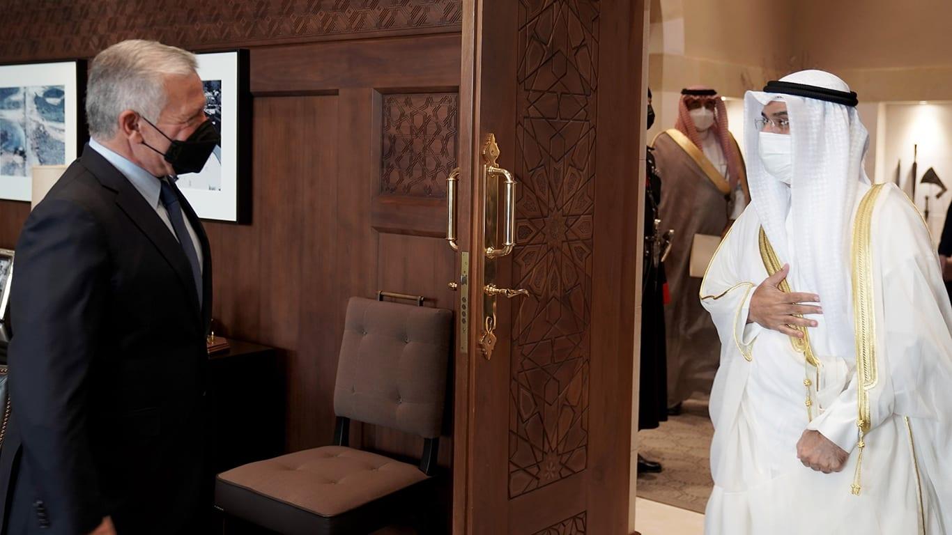 العاهل الأردني يستقبل الأمين العام لمجلس التعاون الخليجي ويبحثان توسيع التعاون