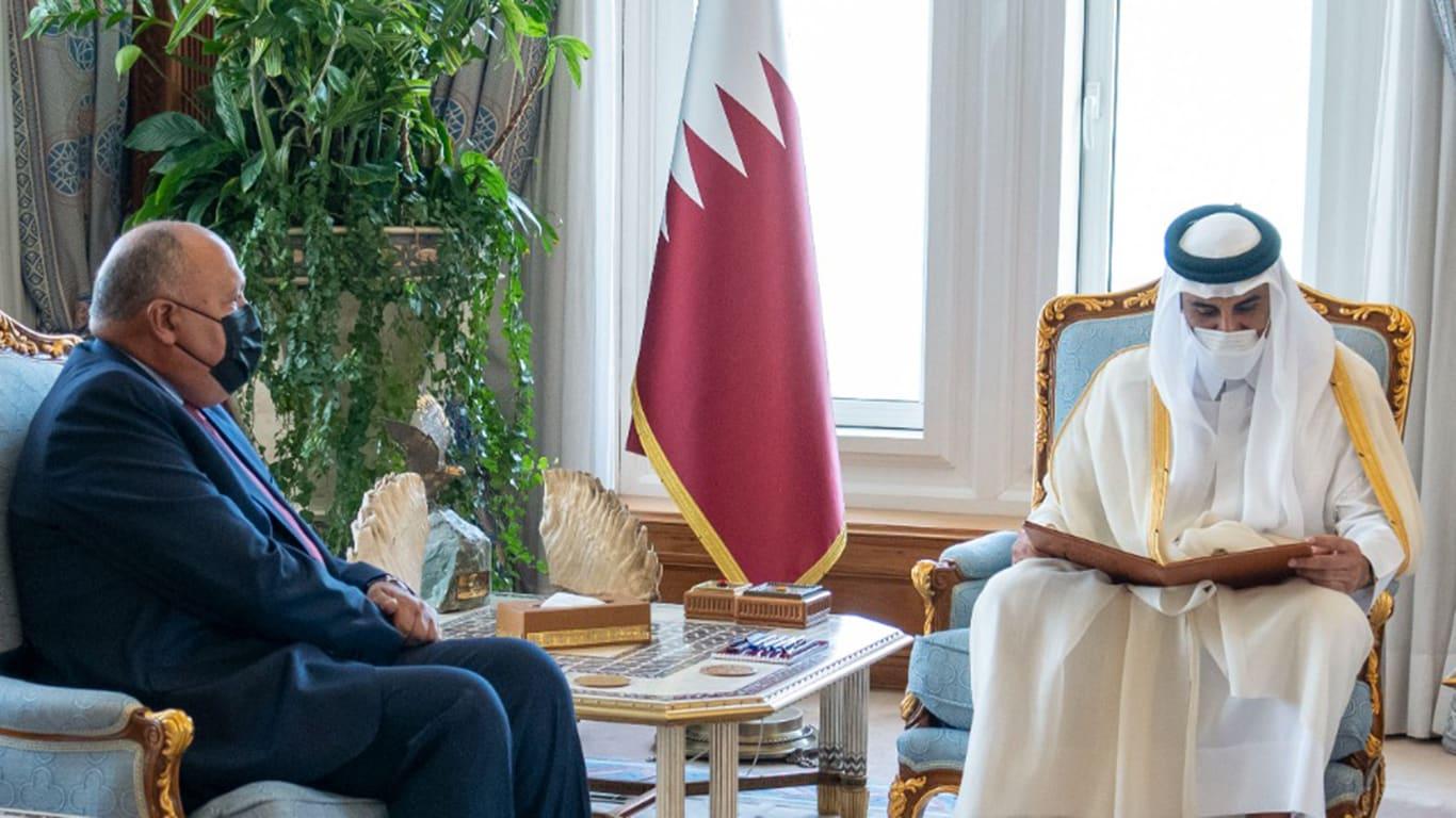 السيسي يدعو أمير قطر لزيارة مصر بعد 3 أسابيع من دعوة مماثلة من تميم