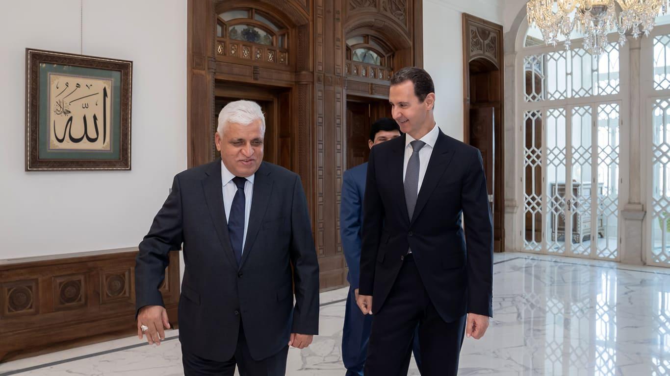 العراق يرد على أنباء عن دعوة الأسد لمؤتمر دول الجوار بعد استقباله رئيس الحشد الشعبي