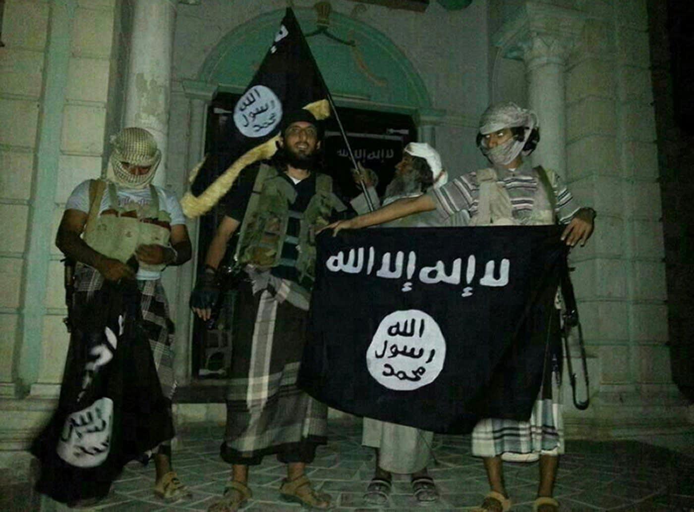 """بيرغن يكتب لـCNN: قنابل هجمات باريس تحتاج إلى """"تدريب"""" توفره """"القاعدة"""" لصنعها"""
