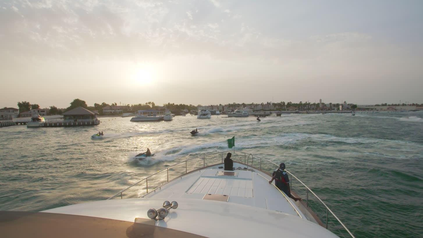 منطقة خاصة ولا تحتاج إلى تأشيرة دخول.. هل يحول هذا المشروع السعودية إلى وجهة سياحية عالمية؟