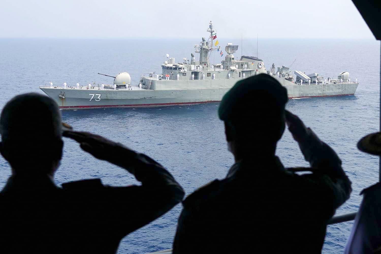 قائد بحرية الحرس الثوري: لدينا سيطرة على الخليج.. ولا سبيل أمام أمريكا سوى المغادرة