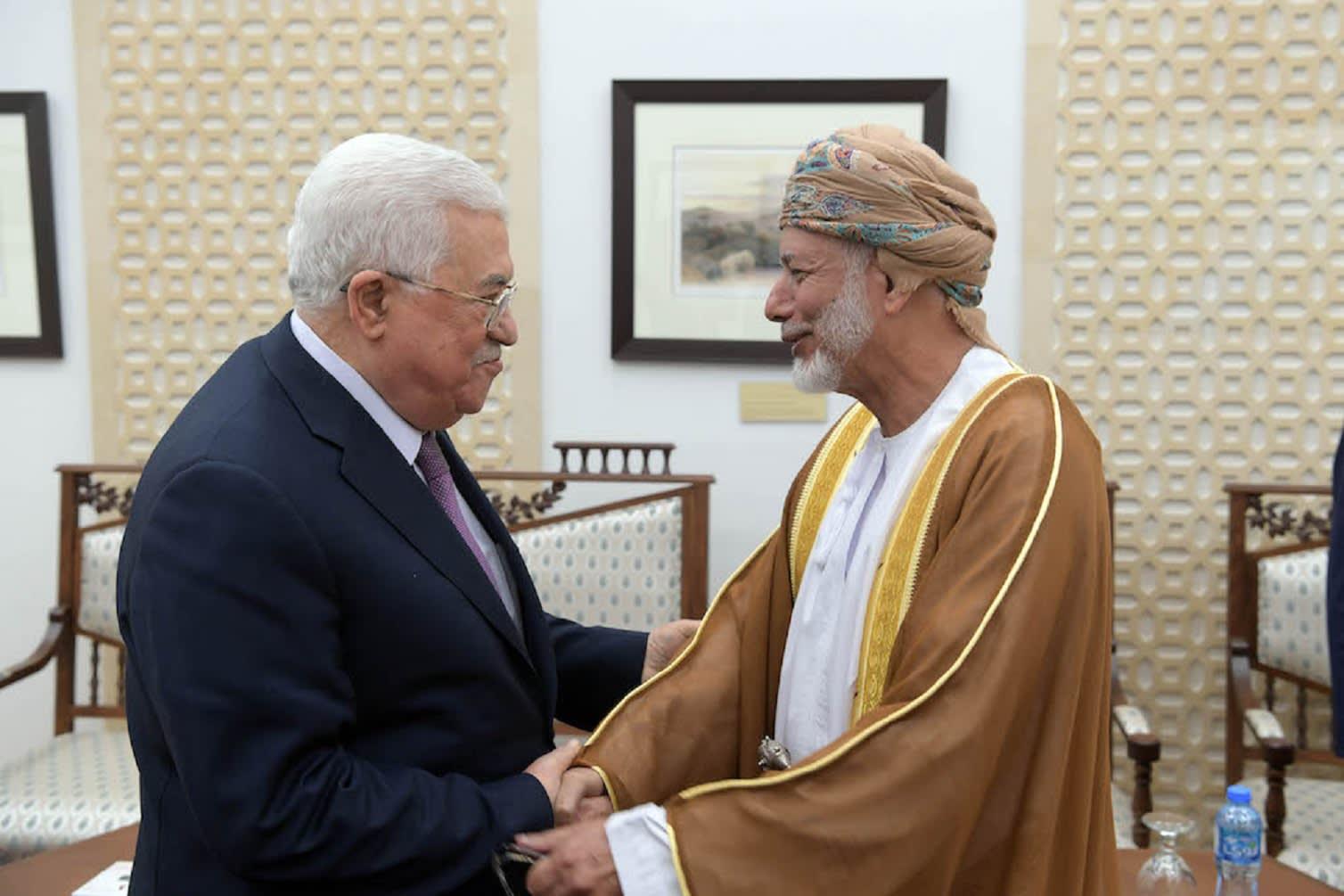 رسالة من السلطان قابوس إلى عباس بشأن زيارة نتنياهو