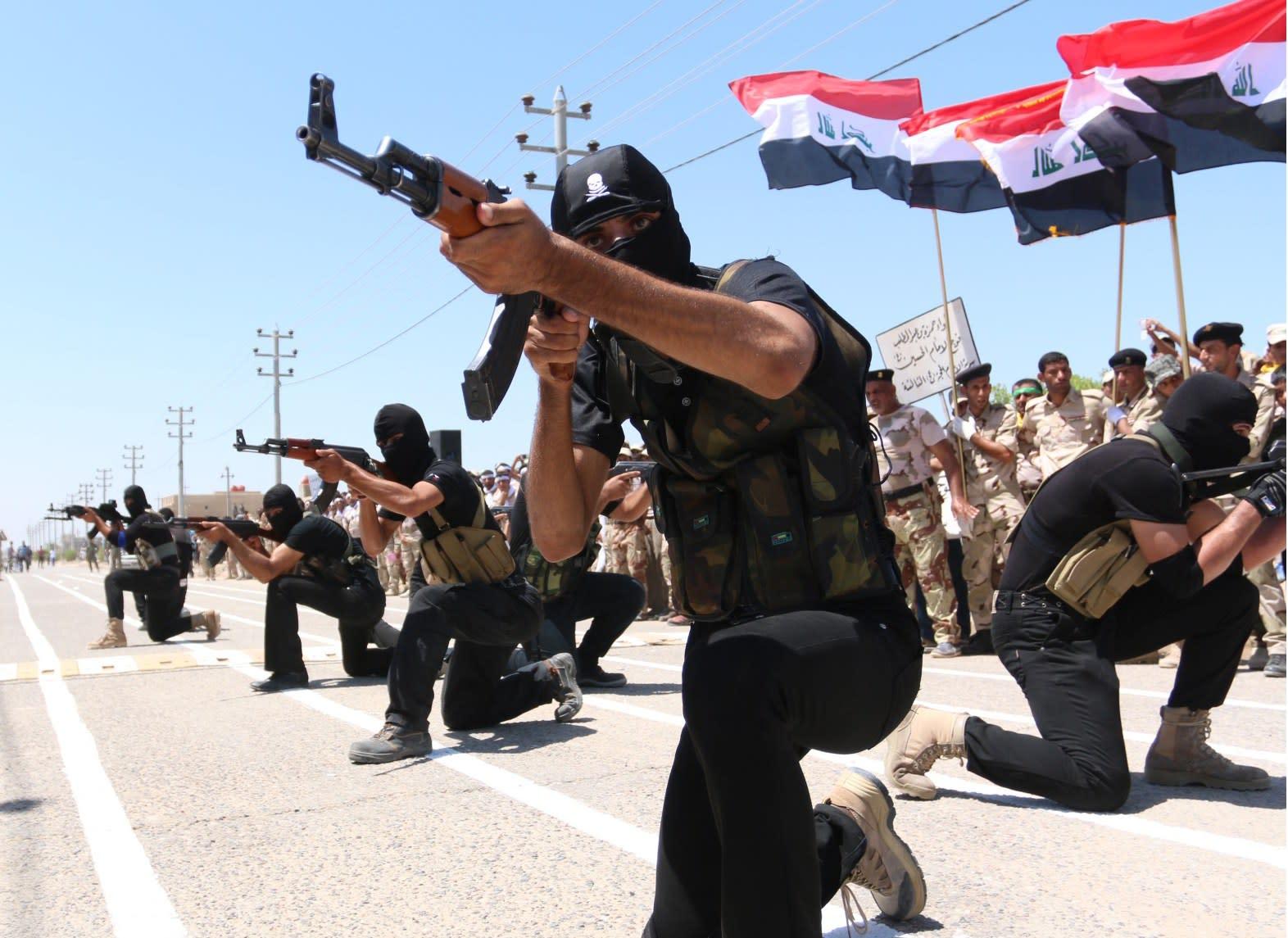 بغداد تضم عشرات آلاف المتطوعين والبارزاني يؤكد: داعش دولة مدججة بالسلاح