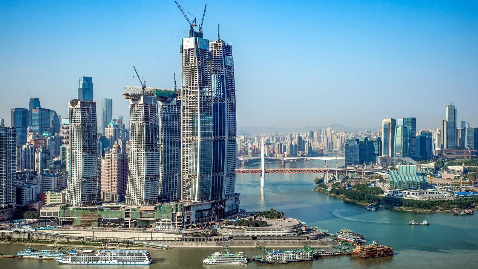 """""""ناطحة سحاب أفقية"""".. أعجوبة معمارية جديدة في الصين"""