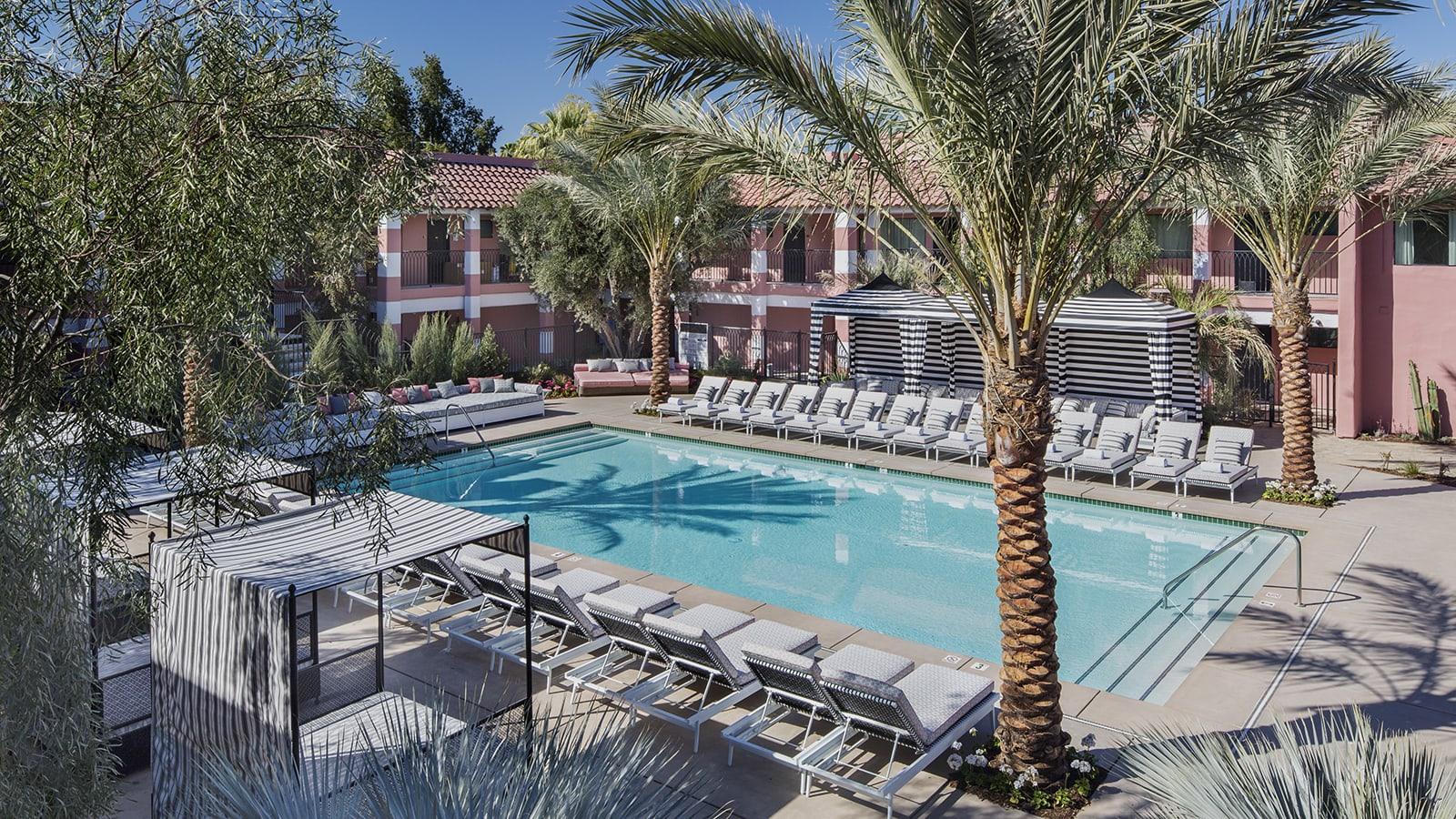 مستعد لتخطيط عطلتك القادمة؟ إليك أفضل فندق في العالم في 2019