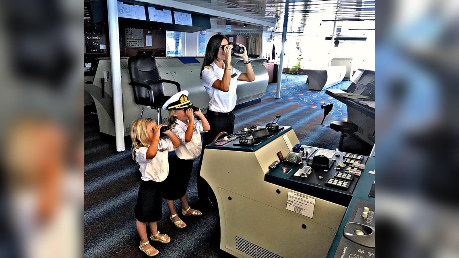 """على متن """"مدينة عائمة"""".. كيف هي الحياة كقبطانة سفينة سياحية بظل جائحة فيروس كورونا؟"""