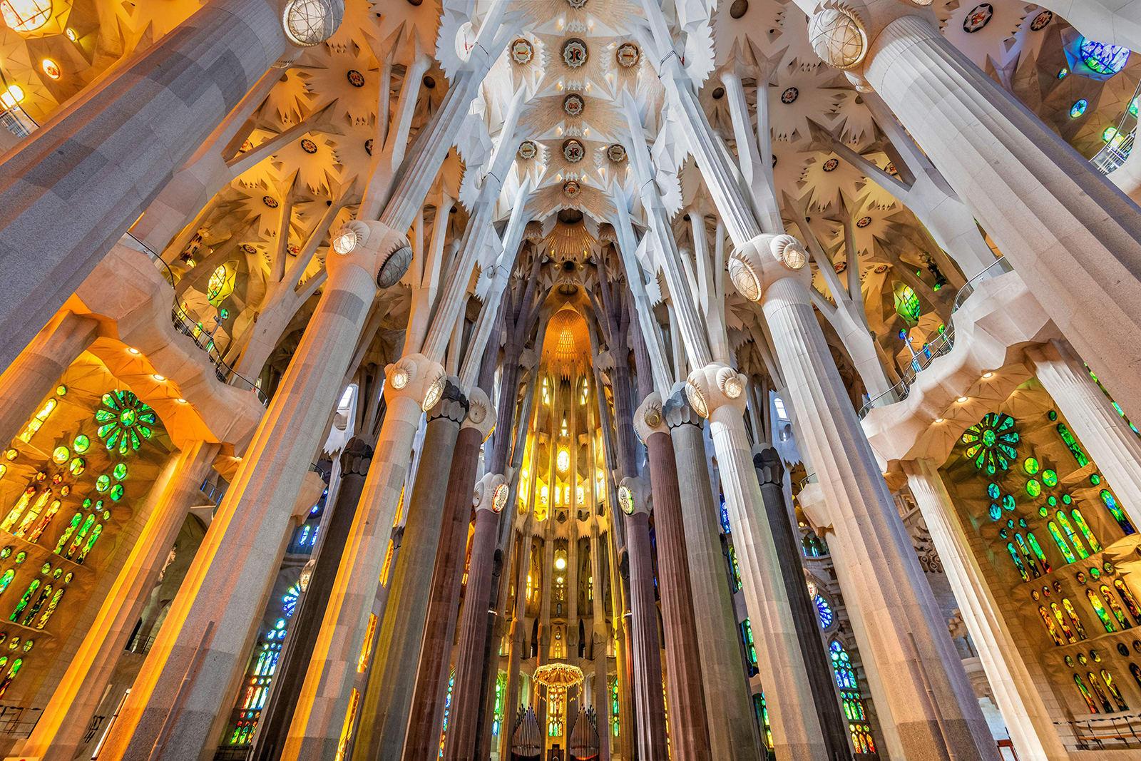 لا تزال قيد الإنشاء منذ أكثر من 130 عام.. هكذا قد تنقذ الروبوتات واحدة من أغرب الكاتدرائيات في العالم