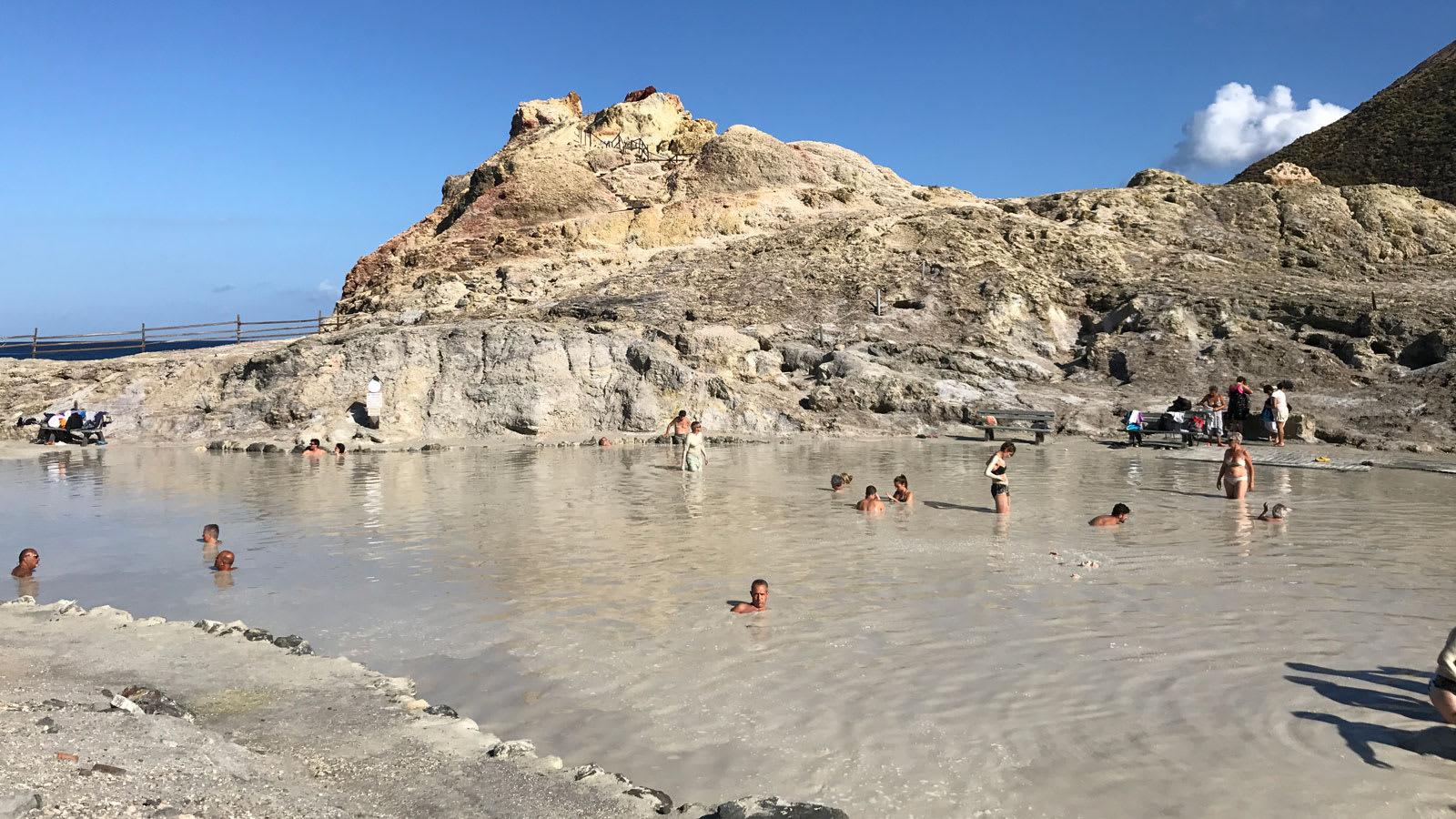 هكذا تبدو الحياة على جزر إيطاليا الخالية من كورونا
