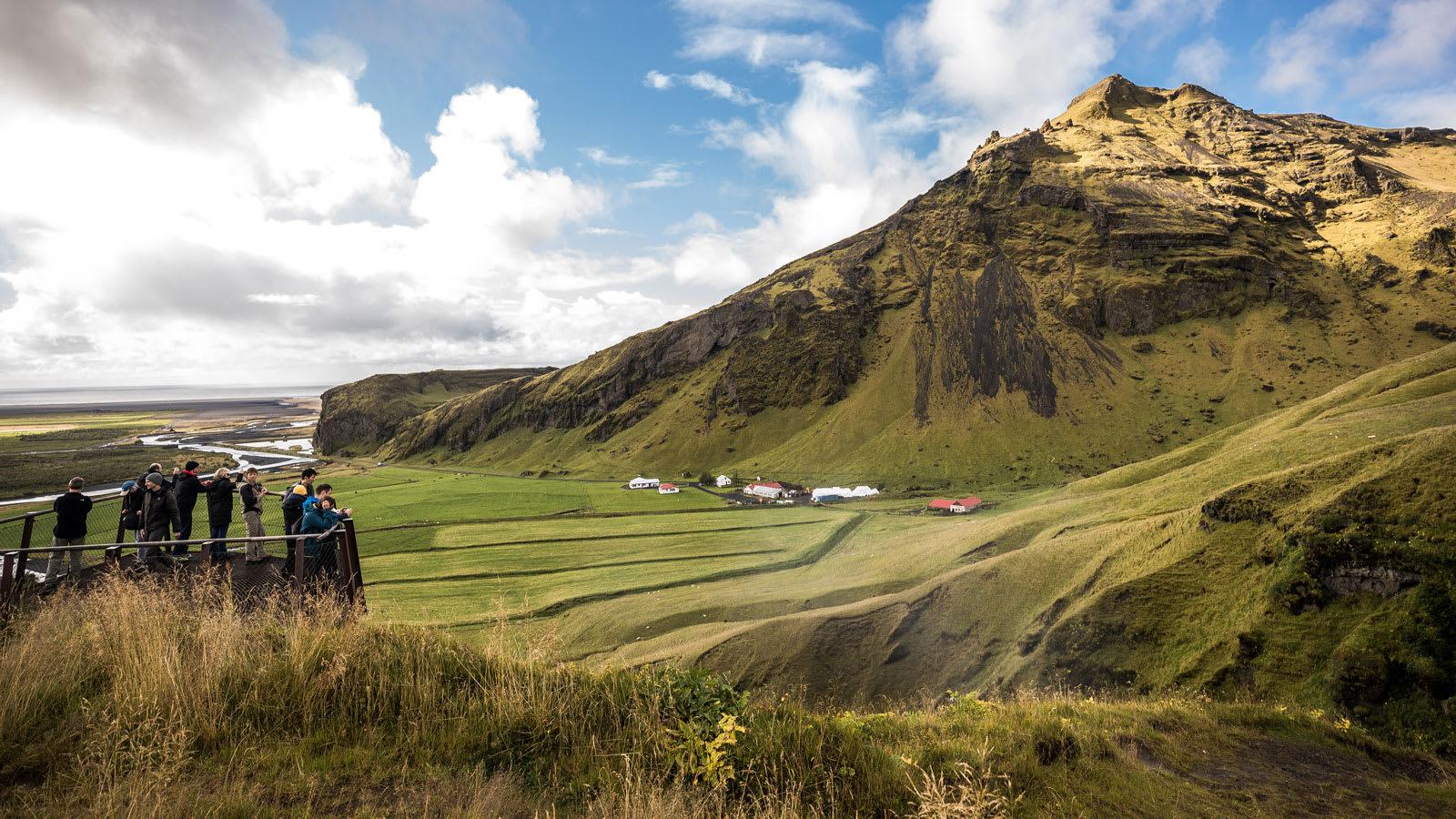 من بليز إلى أيسلندا.. إليك الوجهات التي يمكنك زيارتها عند التطعيم بشكل كامل ضد كورونا