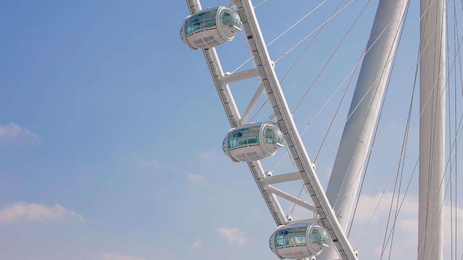 عين دبي: هكذا بنيت أكبر عجلة مشاهدة في العالم