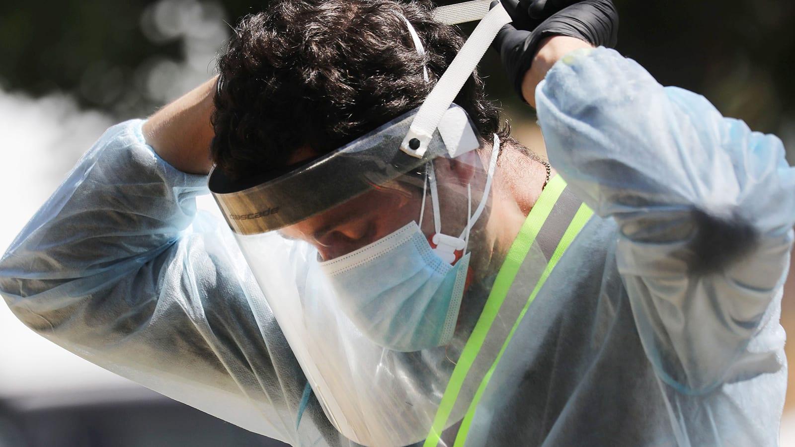 هكذا تتكيف المستشفيات مع نقص المعدات في ظل النضال ضد كورونا