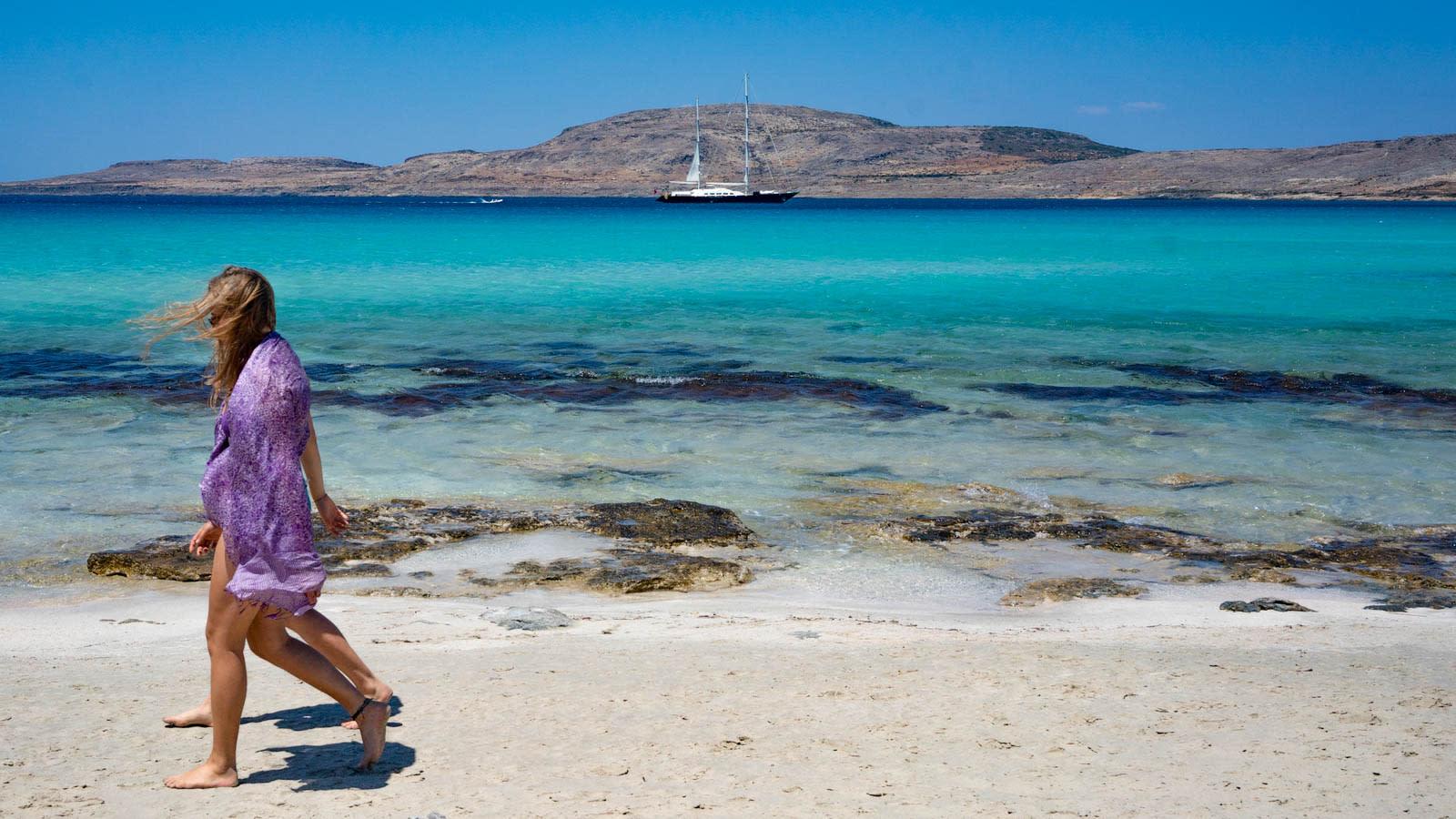 بعد أن تم تصنيفها كواحدة من أكثر الوجهات السياحية أمانًا في العالم.. اليونان تستعد لبدء موسم السياحة الصيفية