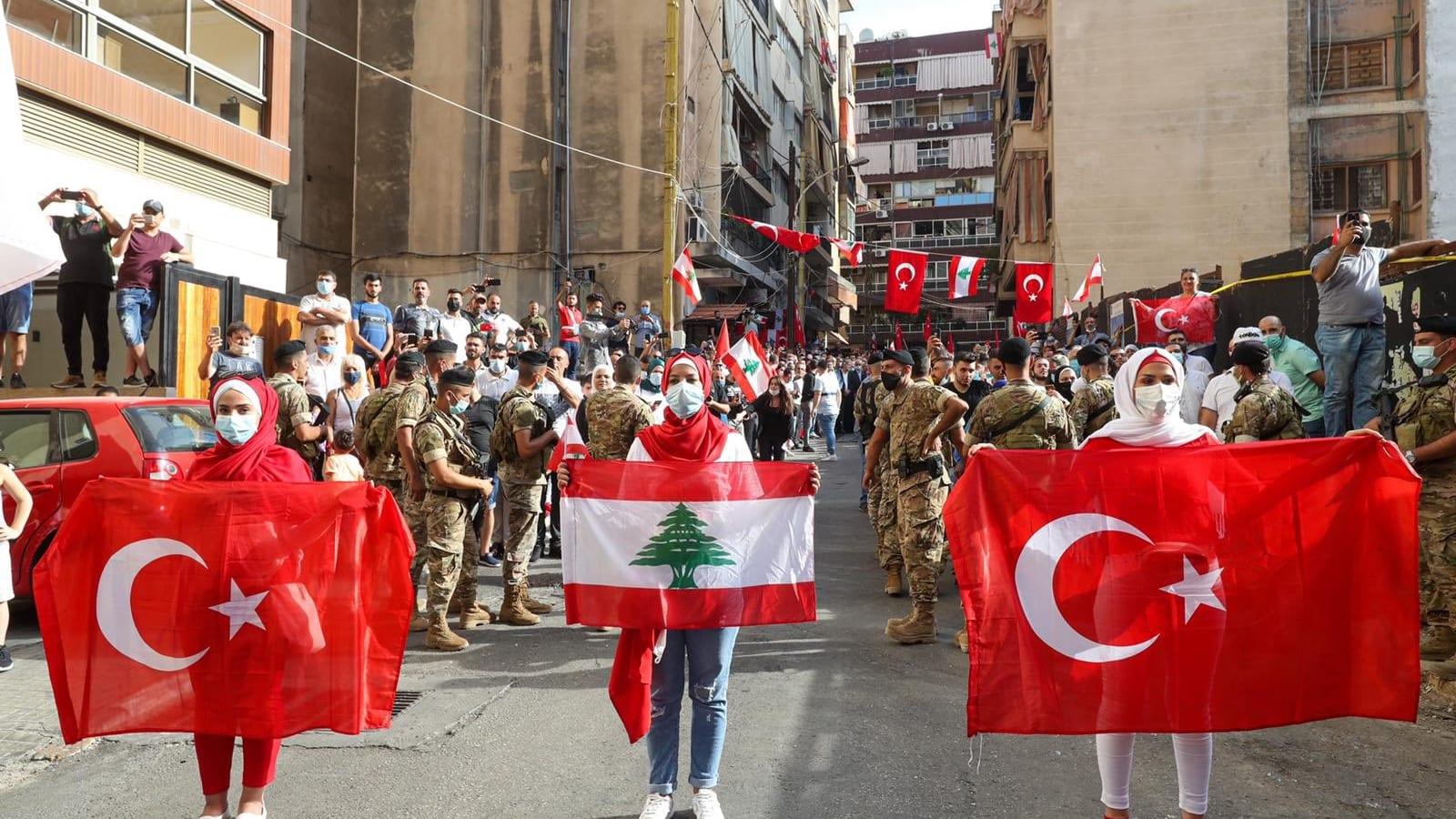 عشرات فرق الإنقاذ في بيروت.. لكن فرص العثور على حياة أصبحت ضئيلة