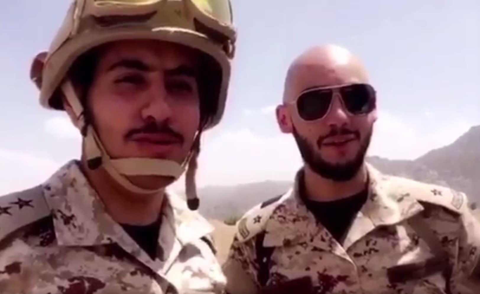 فيديو لنجل الأمير خالد بن طلال مرابطاً بالحد الجنوبي.. وهذه رسالته