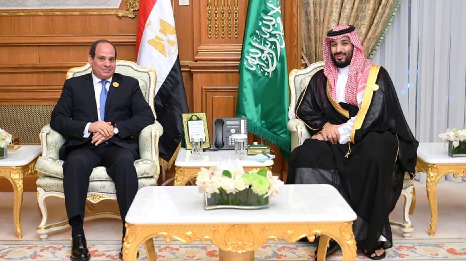 """في """"وقت دقيق"""" تعيشه المنطقة.. ولي العهد السعودي يلتقي السيسي بمكة"""