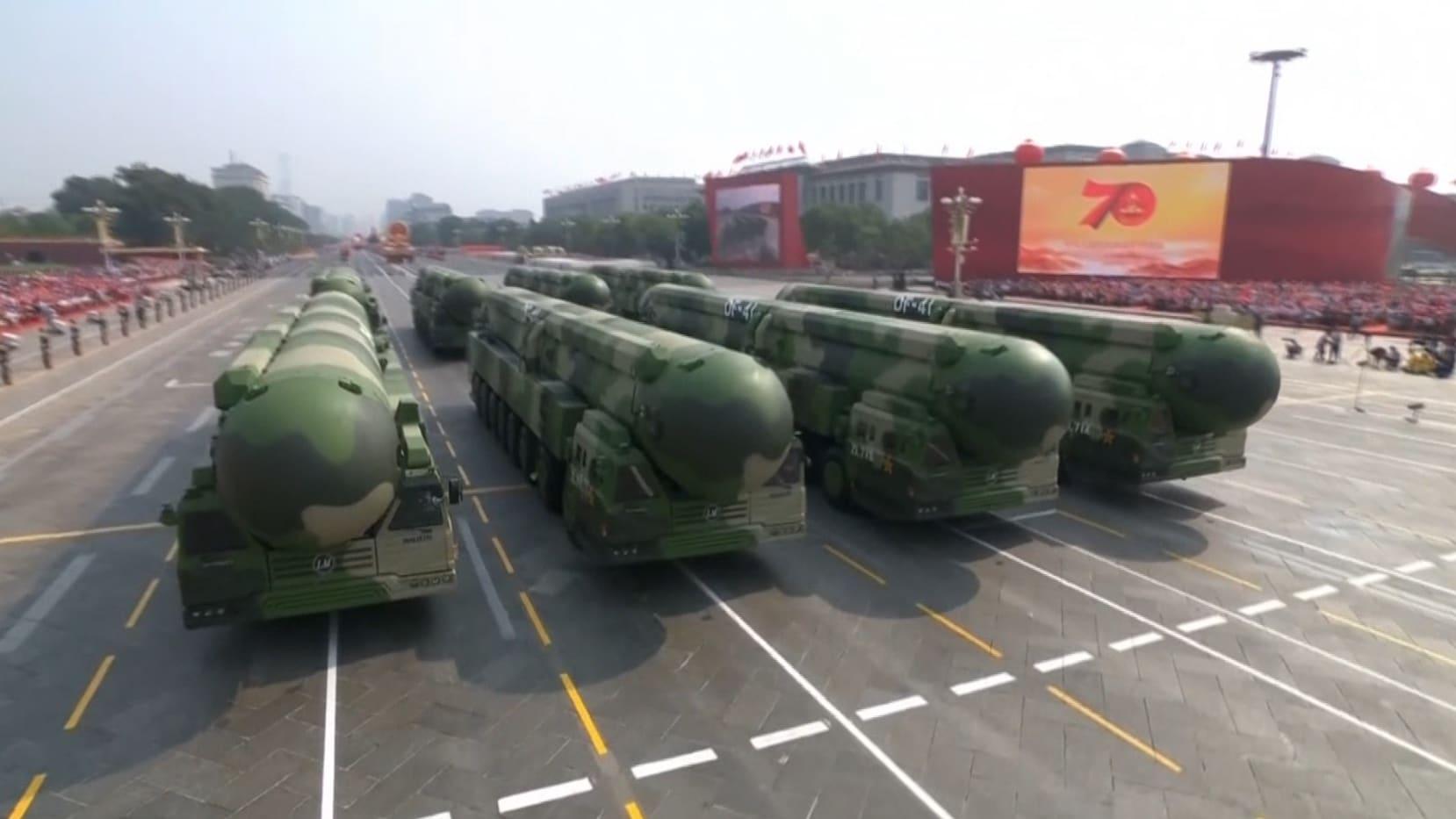 """يصل أمريكا بـ30 دقيقة.. صاروخ صيني هو """"الأقوى بالعالم"""""""