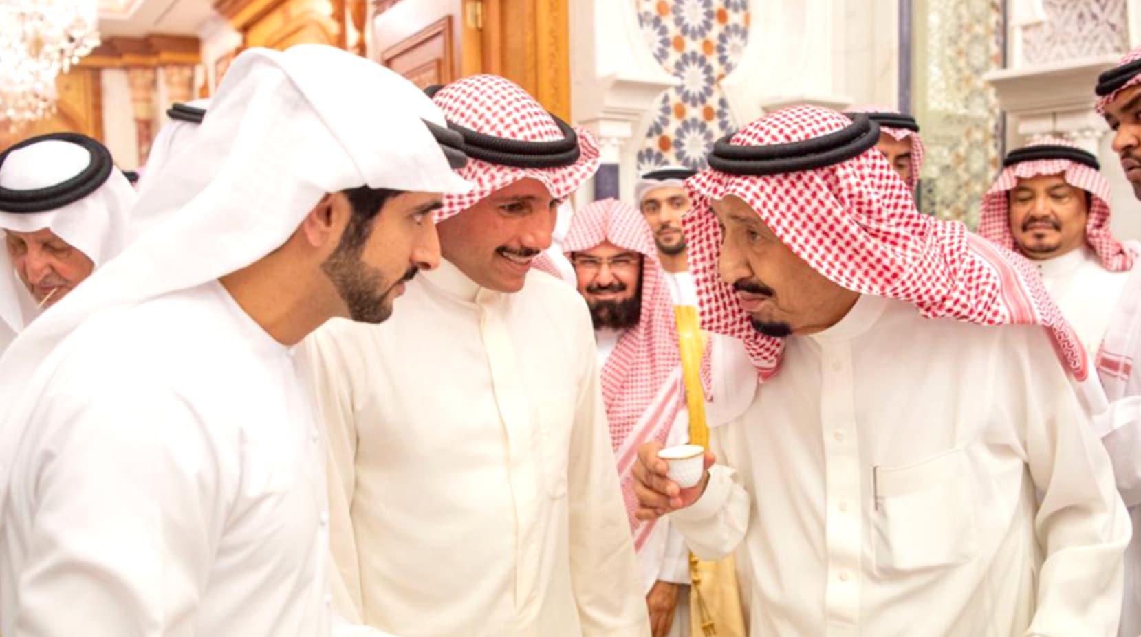 الملك سلمان يستقبل ولي عهد دبي ورئيس مجلس الأمة الكويتي