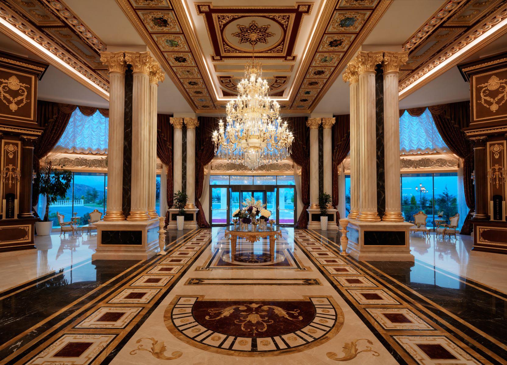 جوهرة منعزلة وسط الطبيعة.. كيف هي تجربة المكوث في هذا القصر؟