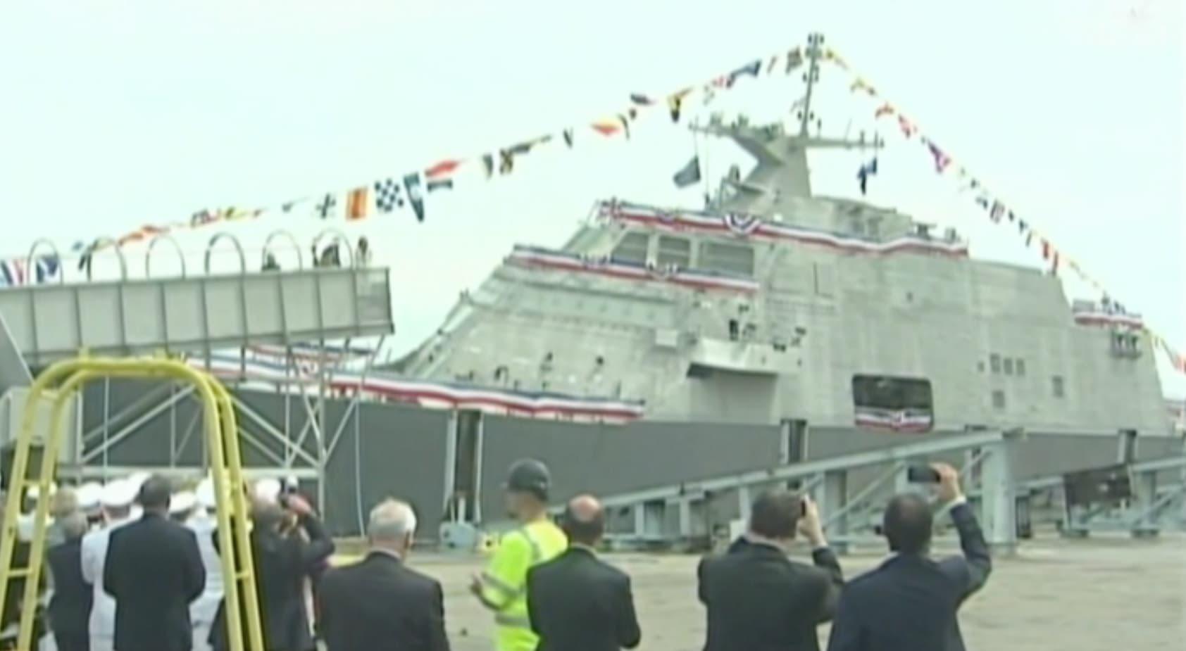 شاهد.. السفينة ليتيل روك.. سلاح البحرية الأمريكية الجديد