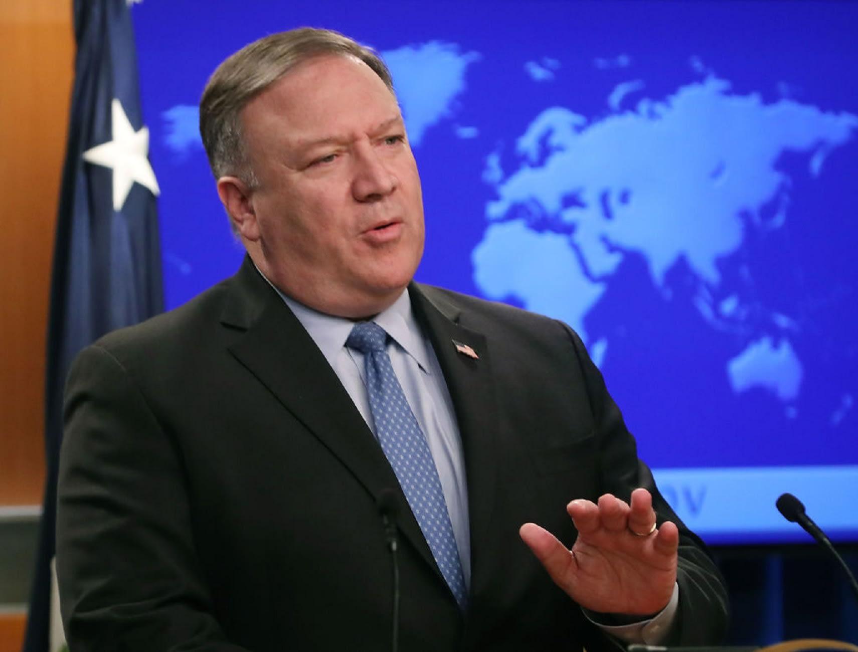 بومبيو يكشف مدى ضرباته: إيران أجرت اختبارا لصاروخ باليستي