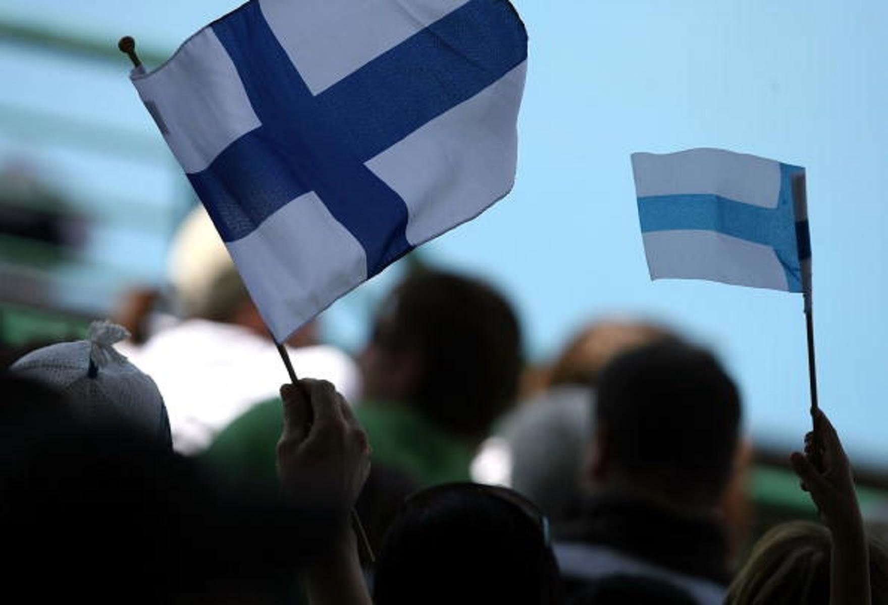 فنلندا توقف صفقات الأسلحة مع السعودية والإمارات