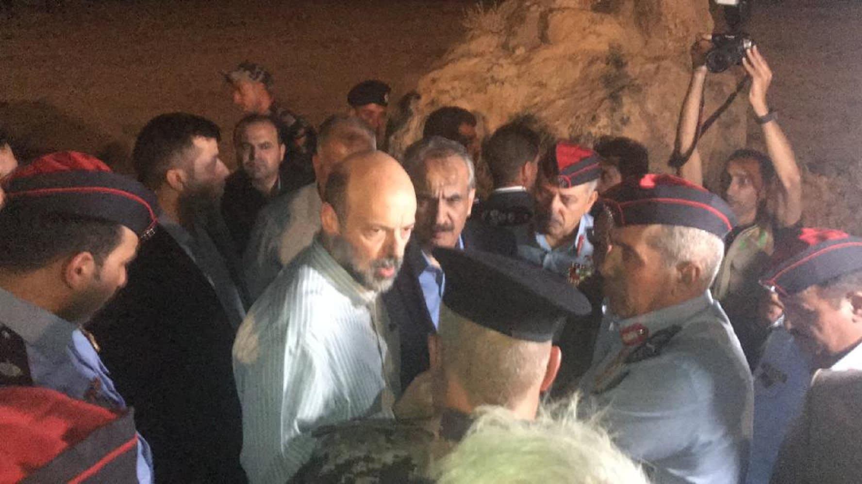 وفيات وإصابات جراء سيول البحر الميت في الأردن