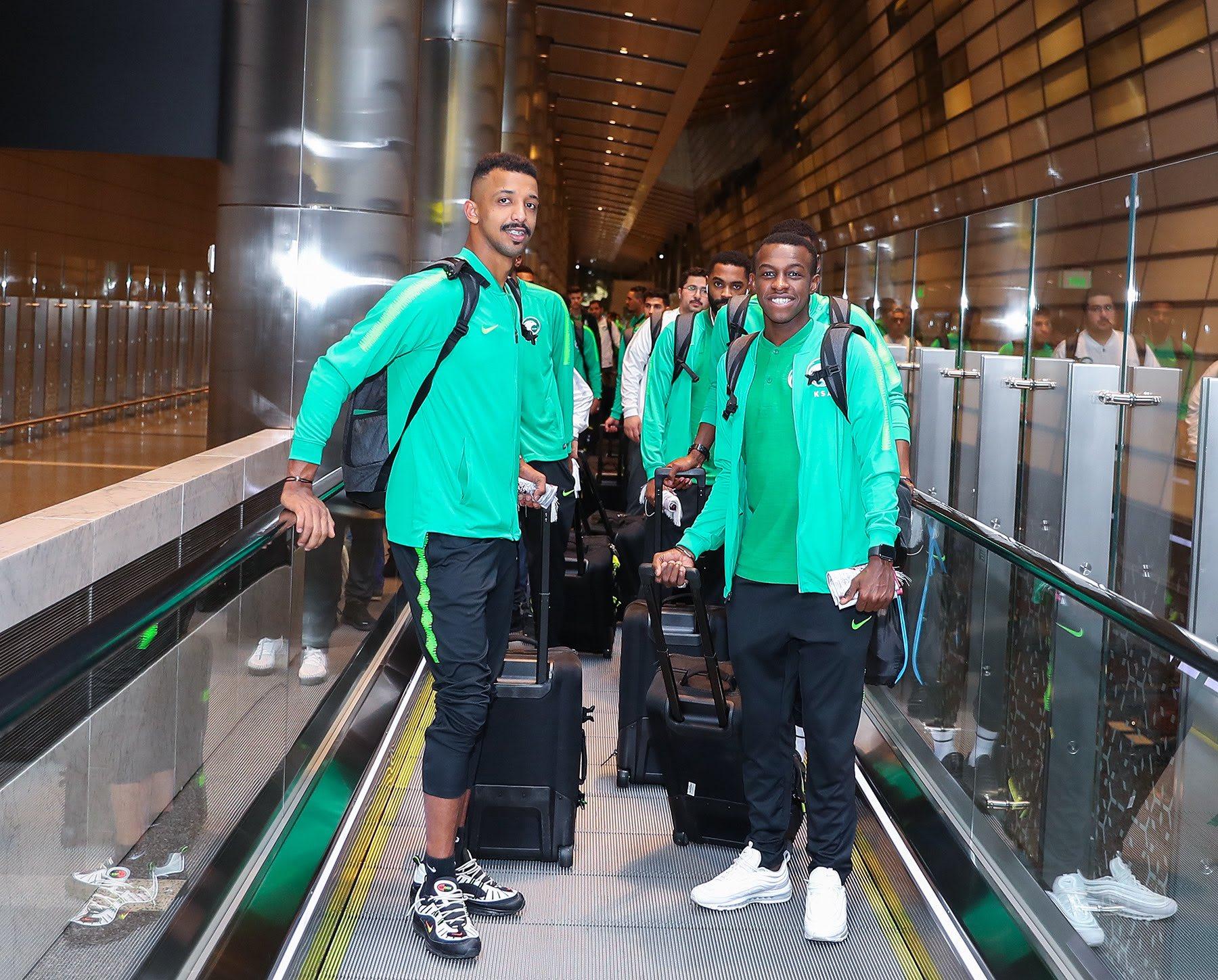 """المنتخب السعودي لكرة القدم عند وصوله الدوحة للمشاركة في """"خليجي 24"""""""