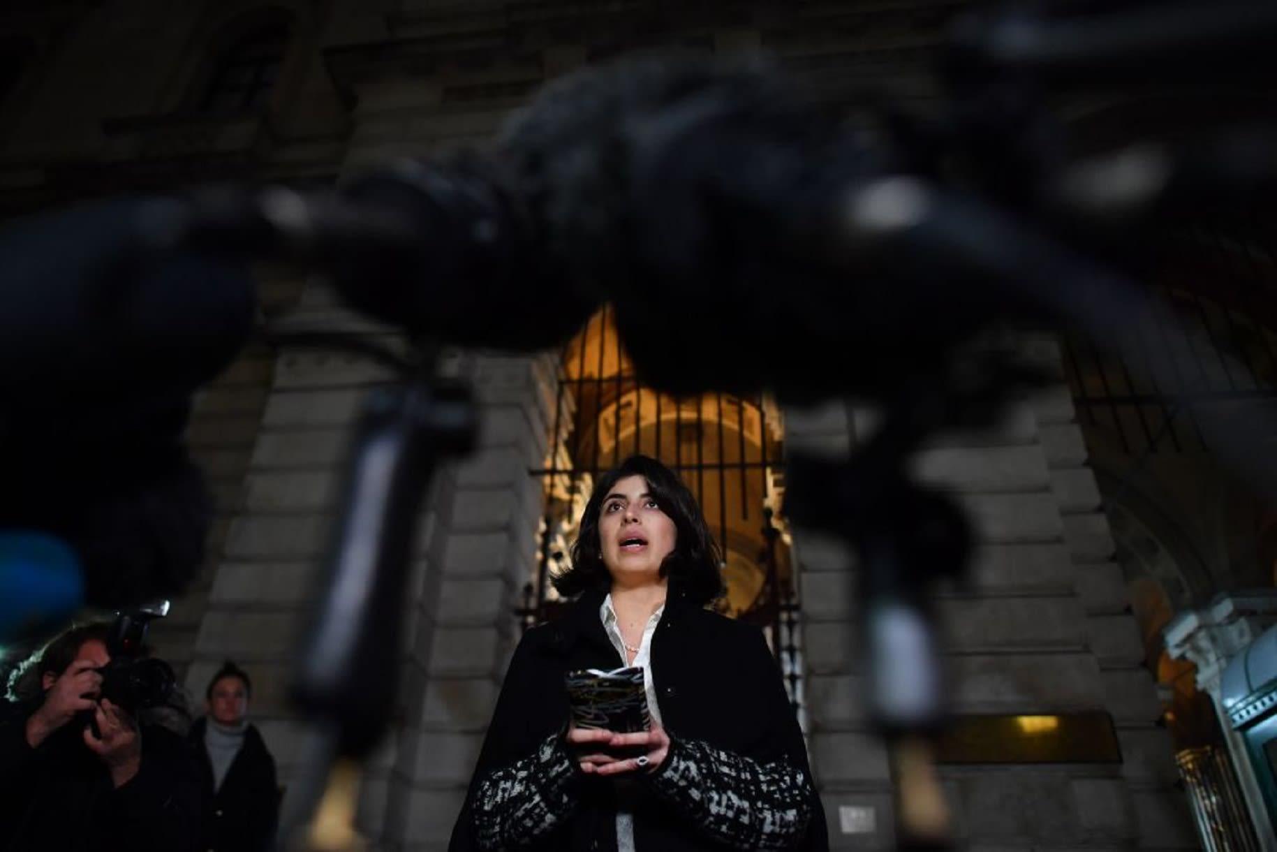 متحدث العائلة: هيدجز يصل إلى بريطانيا بعد العفو عنه في الإمارات